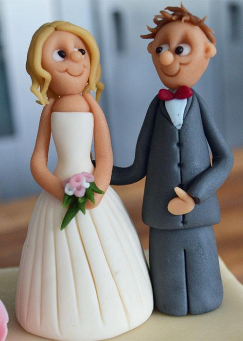 Bryllupskage-topfigurer