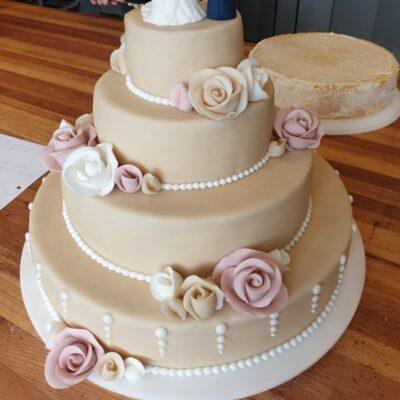 Bryllupskage sarte farver