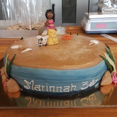 Fødselsdagskage i strand tema