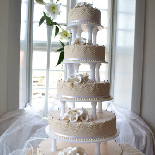 Elegant bryllupskage