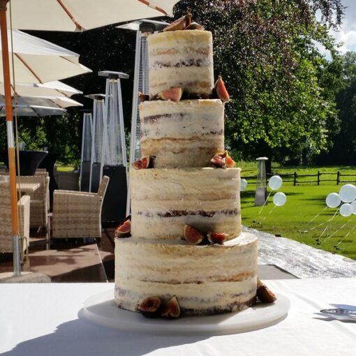 Moderne og simpel bryllupskage